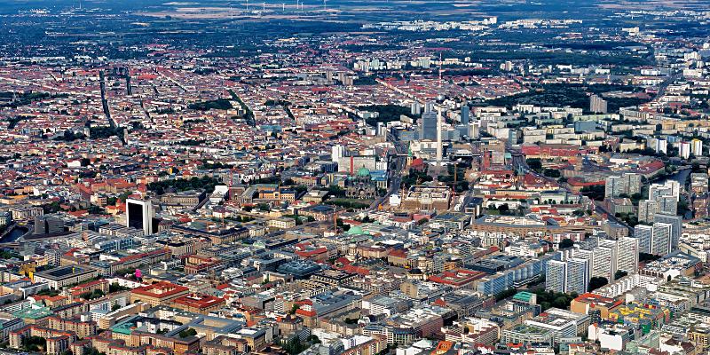 Luftaufnahme einer Stadt (Berlin)